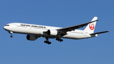 JA8941 - Boeing 777-346 - Japan Airlines (JAL)