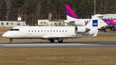 EC-JOY - Bombardier CRJ-200ER - Scandinavian Airlines (Cimber)