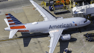 A picture of N8030F - Airbus A319115 - American Airlines - © Tyler Lorenz