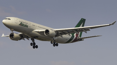 A picture of EIEJG - Airbus A330202 - Alitalia - © FlorianWerner