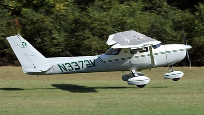 N3372V - Cessna 150M - Private