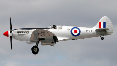 PS915 - Supermarine Spitfire PR.19 - United Kingdom - Battle of Britain Memorial Flight (BBMF)