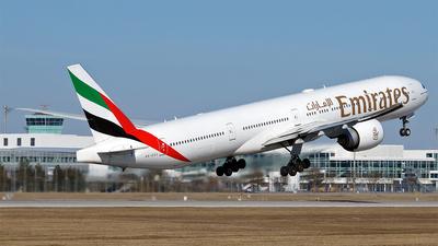 A picture of A6EGX - Boeing 77731H(ER) - Emirates - © Hugo Schwarzer