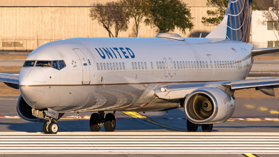 A picture of N53442 - Boeing 737924(ER) - United Airlines - © Positive Rate Photography