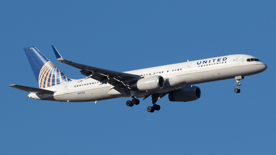 A picture of N17122 - Boeing 757224 - United Airlines - © Rolf Jonsen