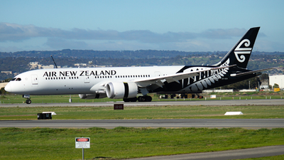 ZK-NZN - Boeing 787-9 Dreamliner - Air New Zealand