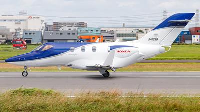 JA123P - Honda HA-420 HondaJet - Private