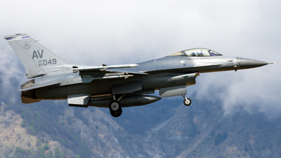 89-2049 - General Dynamics F-16CG Fighting Falcon - United States - US Air Force (USAF)