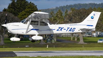 A picture of ZKTAG - Cessna 172R Skyhawk - [17281545] - © Sean Avery