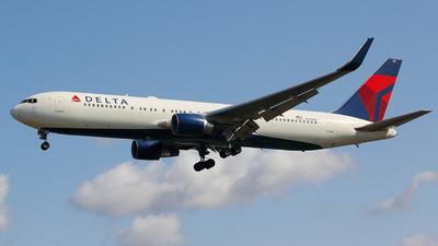 N193DN - Boeing 767-332(ER) - Delta Air Lines