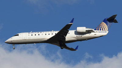A picture of N405AW - Mitsubishi CRJ200LR - United Airlines - © DJ Reed - OPShots Photo Team