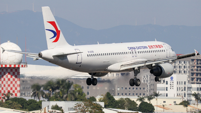 B-2335 - Airbus A320-214 - China Eastern Airlines