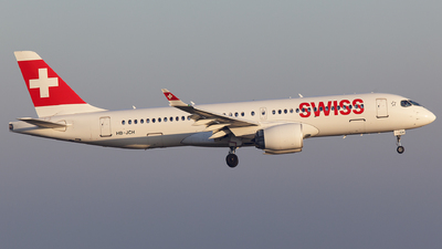 A picture of HBJCH - Airbus A220300 - Swiss - © Globalpics