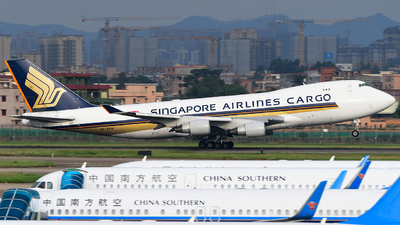 A picture of 9VSFN - Boeing 747412F(SCD) - Singapore Airlines - © songxiuming