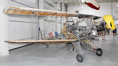 - Bücker 131 Jungmann - Private