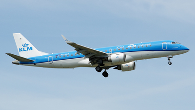 A picture of PHEZP - Embraer E190STD - KLM - © Paul Stam