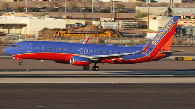 A picture of N8626B - Boeing 7378H4 - Southwest Airlines - © Sam Thomas