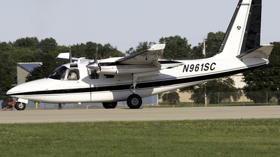 N961SC - Aero Commander 500S - Private