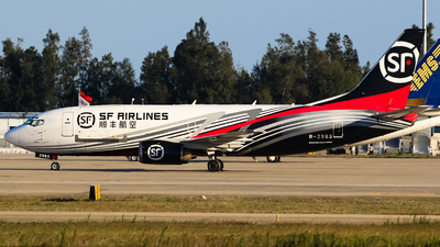 B-2983 - Boeing 737-3W0(SF) - SF Airlines