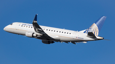 A picture of N83329 - Embraer E175LR - United Airlines - © Stephen J Stein