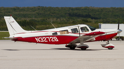 N32728 - Piper PA-32-300 Cherokee Six - Private
