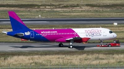 F-WWDZ - Airbus A320-271N - Wizz Air