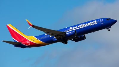 A picture of N8321D - Boeing 7378H4 - Southwest Airlines - © Jordan Louie