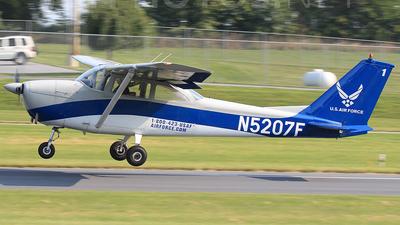 A picture of N5207F - Cessna 172F Skyhawk - [17253206] - © Joe Osciak