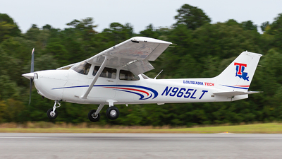 A picture of N965LT - Cessna 172S Skyhawk SP - [172S12035] - © Houstoniahspotter