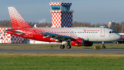 A picture of VPBWG - Airbus A319111 - Rossiya - © ArCher