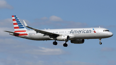 A picture of N990AU - Airbus A321231 - American Airlines - © DJ Reed - OPShots Photo Team