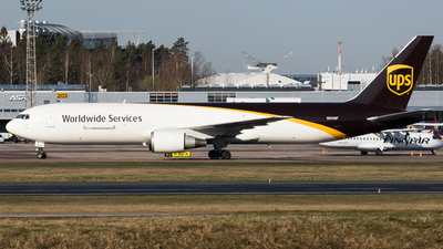 N392UP - Boeing 767-304(ER)(BDSF) - United Parcel Service (UPS)