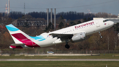 OE-LYX - Airbus A319-132 - Eurowings Europe
