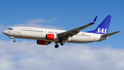 A picture of LNRRJ - Boeing 737883 - SAS - © Laszlo Fekete