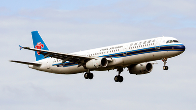 B-1605 - Airbus A321-231 - China Southern Airlines