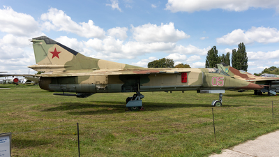 05 - Mikoyan-Gurevich MiG-23MF Flogger B - Ukraine - Air Force