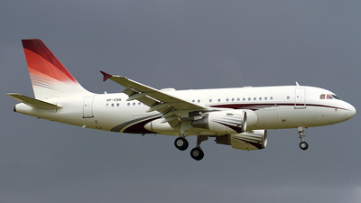 VP-CSN - Airbus A319-115X(CJ) - Comlux Aviation Middle East