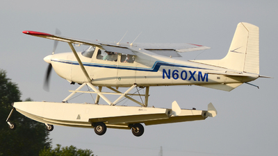 N60XM - Cessna 180D Skywagon - Private