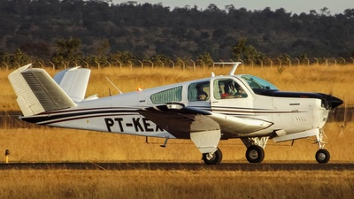 PT-KEX - Beechcraft V35B Bonanza - Private