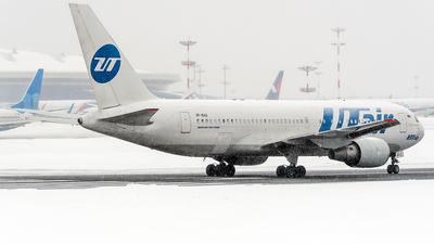 A picture of VPBAG - Boeing 767224(ER) - UTair - © Max Bugayev