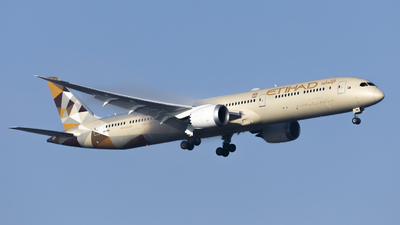 A picture of A6BMG - Boeing 78710 Dreamliner - Etihad Airways - © Gilles ASTRE