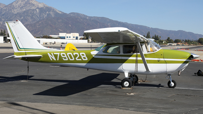 N79028 - Cessna 172K Skyhawk - Private