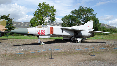 458 - Mikoyan-Gurevich MiG-23ML Flogger G - Poland - Air Force