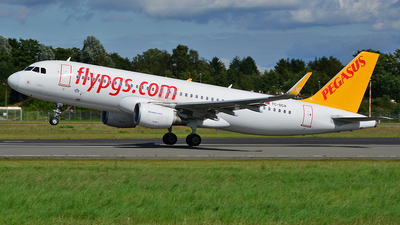 TC-DCH - Airbus A320-216 - Pegasus Airlines