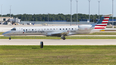 A picture of N902BC - Embraer ERJ145LR - American Airlines - © Brady Noble