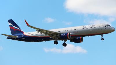 A picture of VPBFK - Airbus A321211 - Aeroflot - © Mikhail Tkachuk