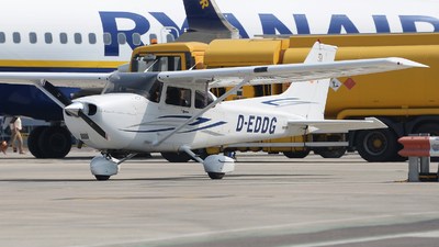 A picture of DEDDG - Cessna 172S - [172S9641] - © David Oates