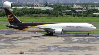 A picture of N362UP - Boeing 767346(ER)(BCF) - UPS - © BiggyHsia