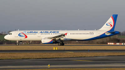 VQ-BCE - Airbus A321-231 - Ural Airlines