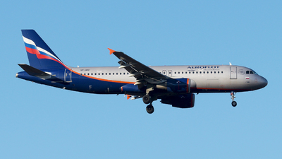 A picture of VPBID - Airbus A320214 - Aeroflot - © paoloz99